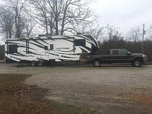 Click image for larger version  Name:truck and rv.jpg Views:214 Size:49.7 KB ID:3866