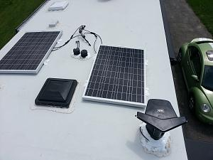 Click image for larger version  Name:20140518 Solar and Antenna 1.jpg Views:84 Size:56.3 KB ID:4218
