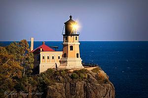 Click image for larger version  Name:Split Rock Lighthouse.jpg Views:94 Size:33.7 KB ID:4919