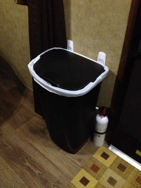 Garbage Can 1