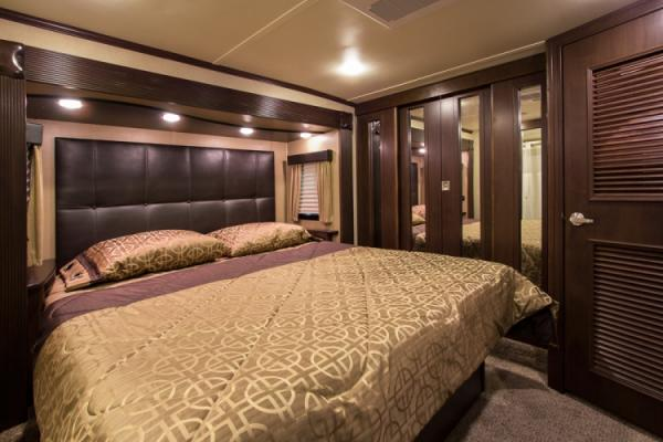 Voltage 3970 Bedroom Teak Decor 750x500