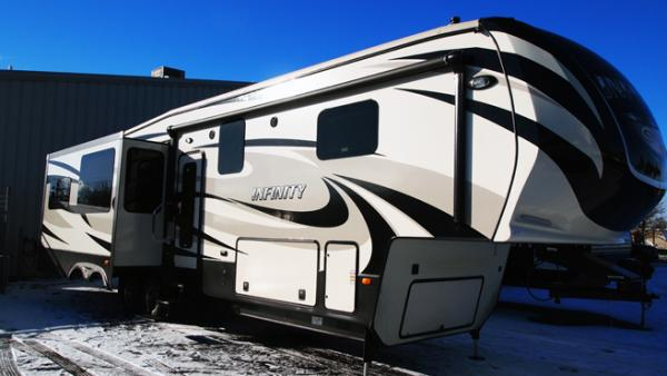 This is the 2014 Infinity 3610RL