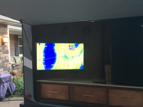 camper tv2